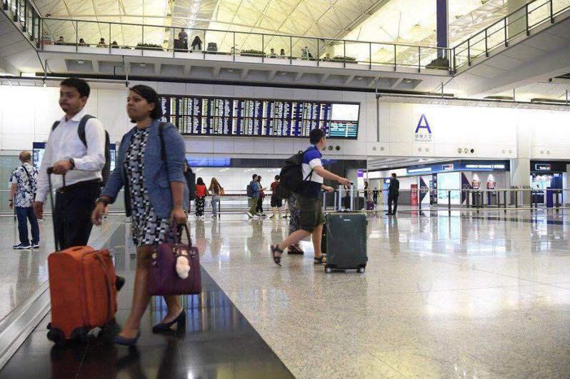 香港機場一隅。圖/取自新華社