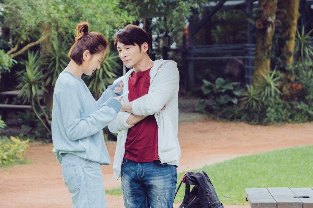 溫昇豪(右)、安心亞在「墜愛」戲中一場農場約會戲。圖/歐銻銻娛樂提供