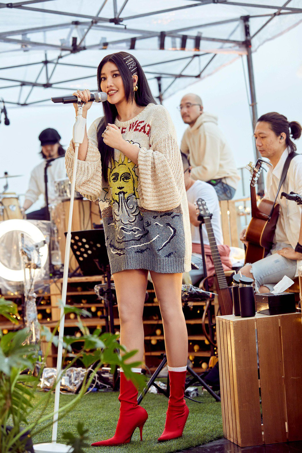 A-Lin今晚舉辦線上音樂會,首次挑戰演唱會規模卻現場「零觀眾」。圖/TME L