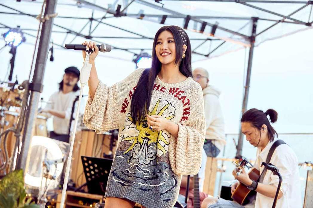 A-Lin今晚舉辦線上音樂會,首次挑戰演唱會規模卻現場「零觀眾」。圖/TME L...