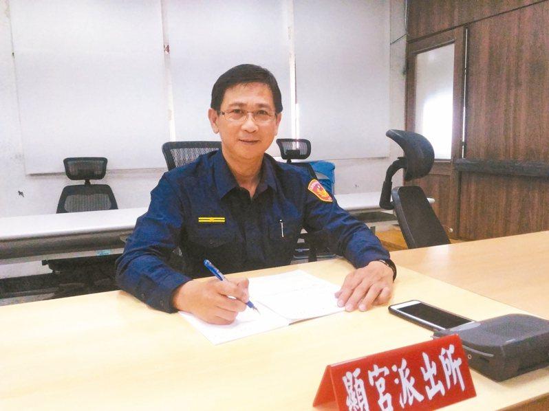 台南市警三分局顯宮派出所長毛奇揚,用心推動社區警政。 記者黃宣翰/攝影