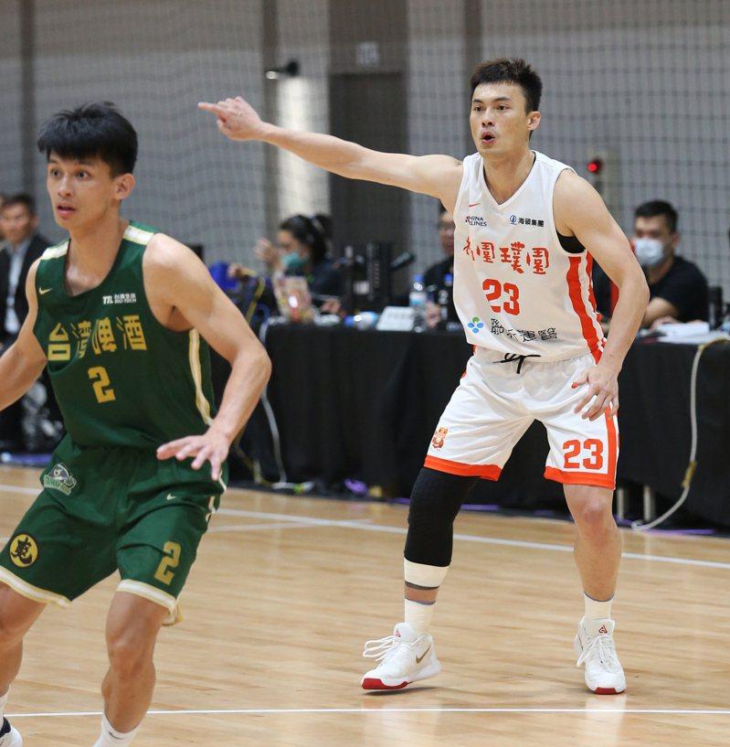 璞園隊呂奇旻(右)傷癒歸隊。圖/中華籃球協會提供