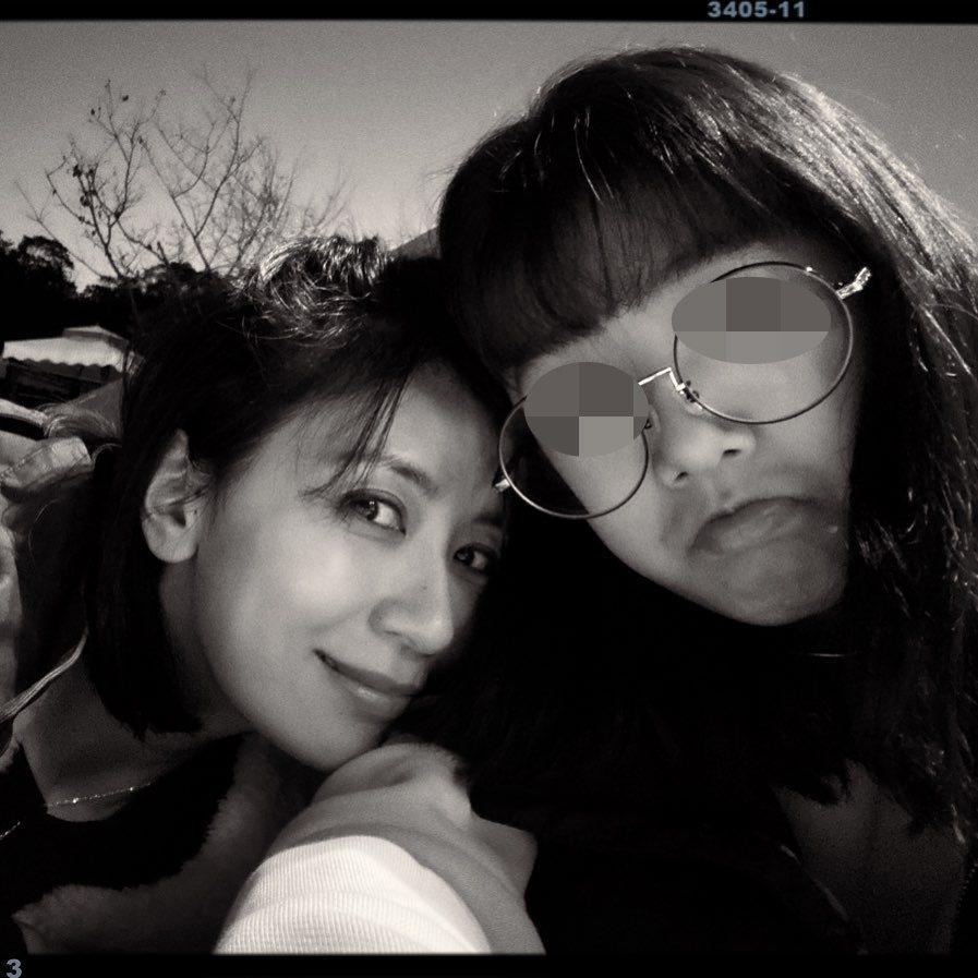 梧桐妹與媽媽賈靜雯。 圖/擷自梧桐妹IG