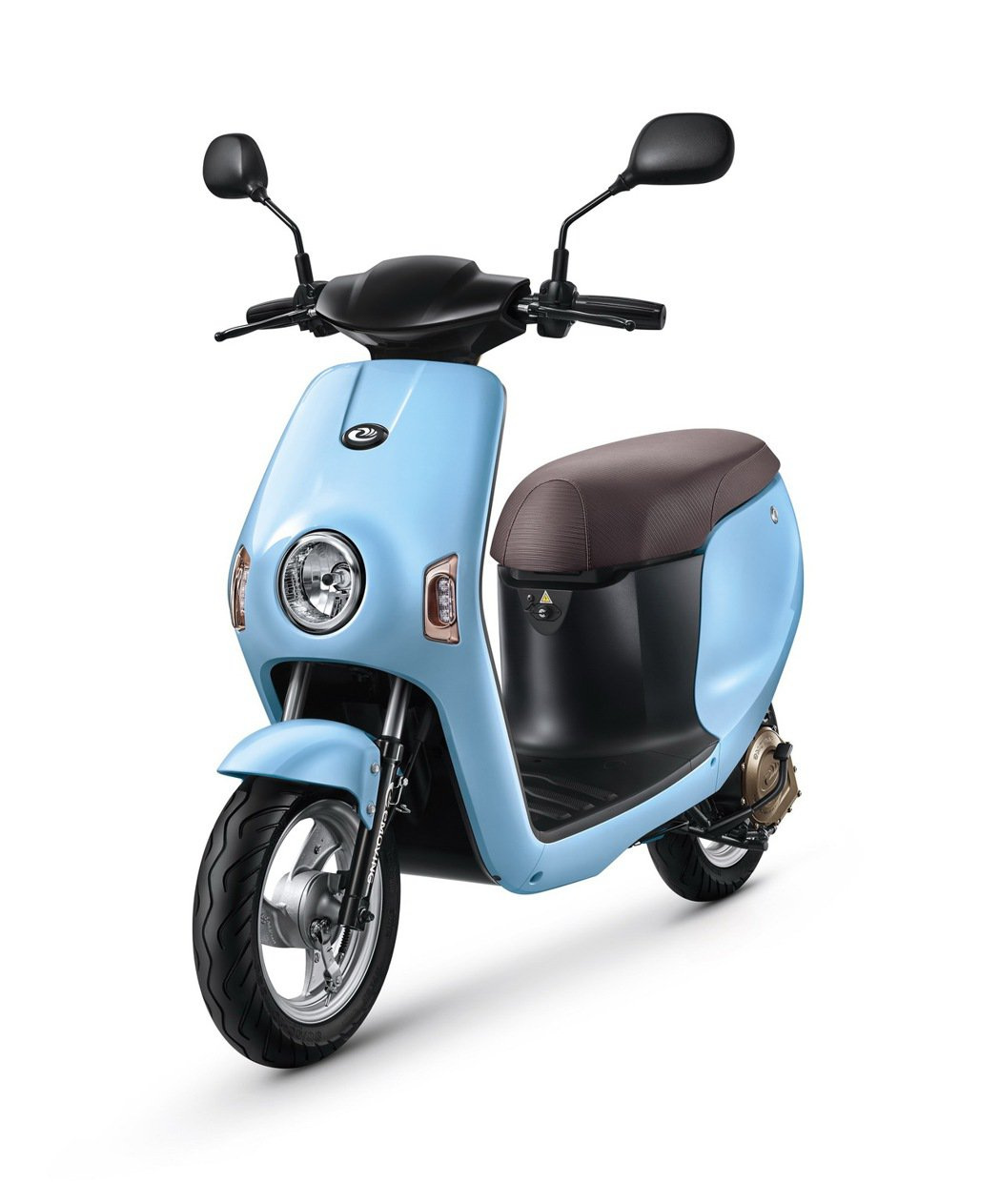 eMOVING Shine「天使藍」顏色,增添活潑氣息迎合年輕媽媽們喜好。 圖/...