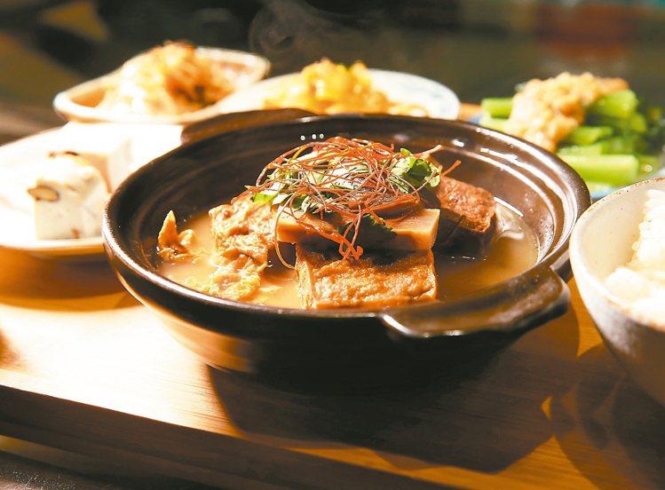「甘樂食堂」中可以吃到「禾乃川國產豆製所」的豆製料理。 攝影/林澔一