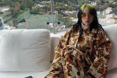年僅18歲就拿下5座葛萊美獎的小天后怪奇比莉,平時穿衣風格以寬鬆為主,但日前在自己的IG秀出穿泳裝照片,就為了自己的18歲生日,特地飛往夏威夷旅行,竟遭網友批評,讓她內心相當受傷。怪奇比莉說她貼出泳...