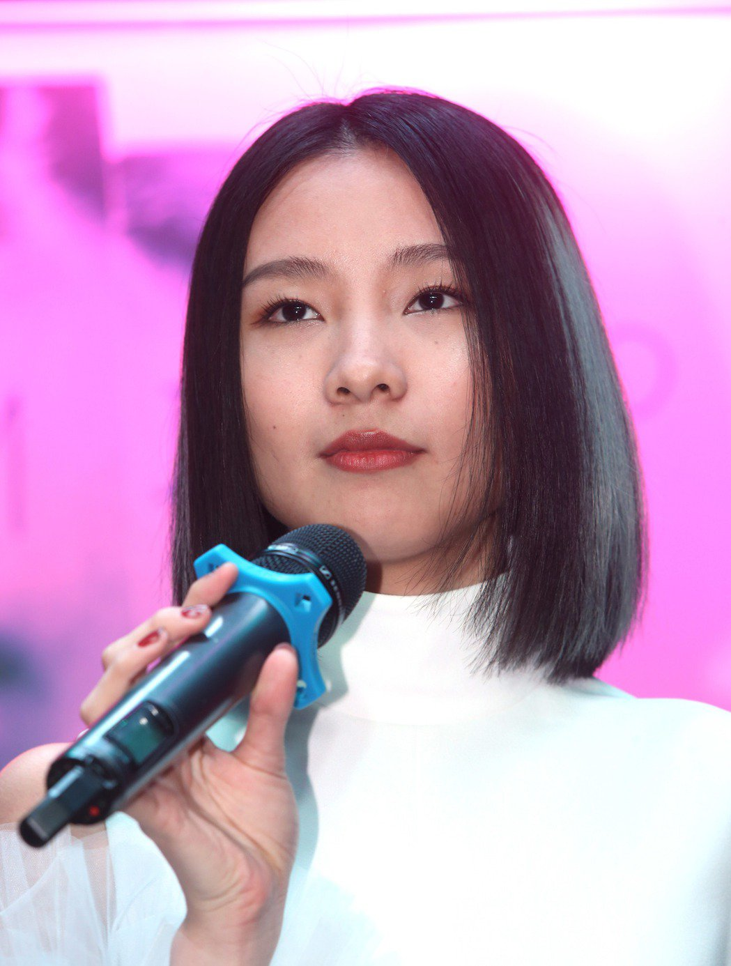 陳忻玥首張專輯「AM I WHO I AM」發片,陳忻玥現場演唱「炙愛」和「AM...