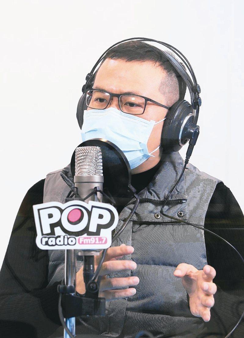 台北市議員羅智強上午接受電台專訪,他表示自己會接任國民黨革命實踐研究院院長一職,就是想幫助國民黨重新站起來。 記者余承翰/攝影
