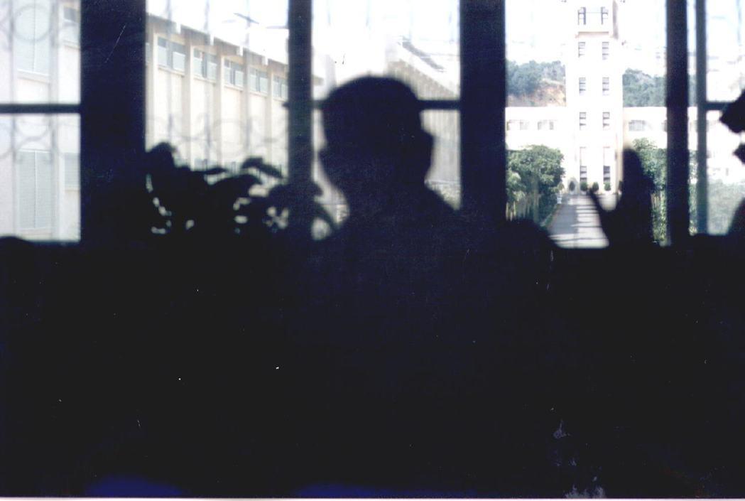 1996至1997年發生的多起重大刑案,使假釋門檻再次提高。示意圖,1996年攝於臺中監獄。 圖/聯合報系資料照