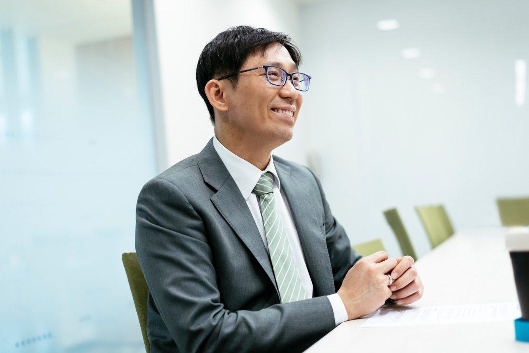 人工智慧學校執行長陳昇瑋大膽預測,未來AI技術將如上網一樣,成為人人都必備的基本...