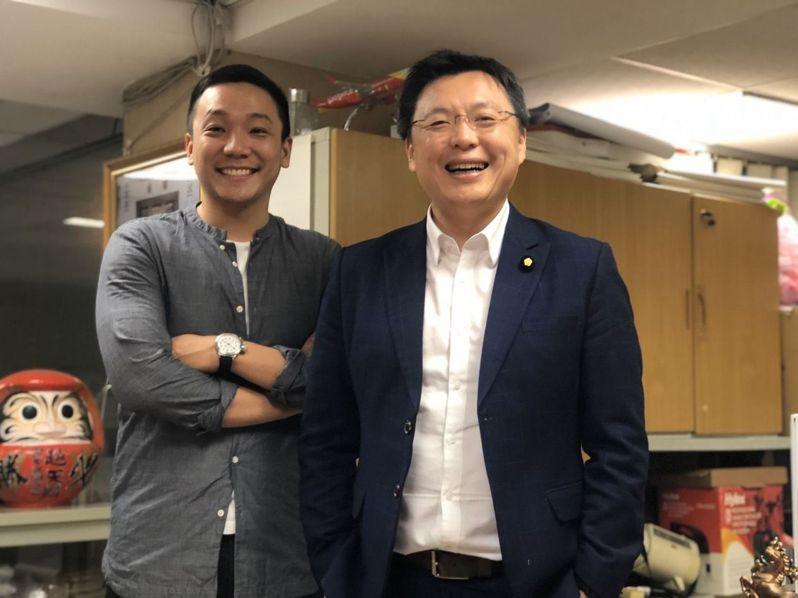 民進黨高雄市立委趙天麟(右)論述能力出色,且深耕基層,是綠營實力派戰將。本報資料照片