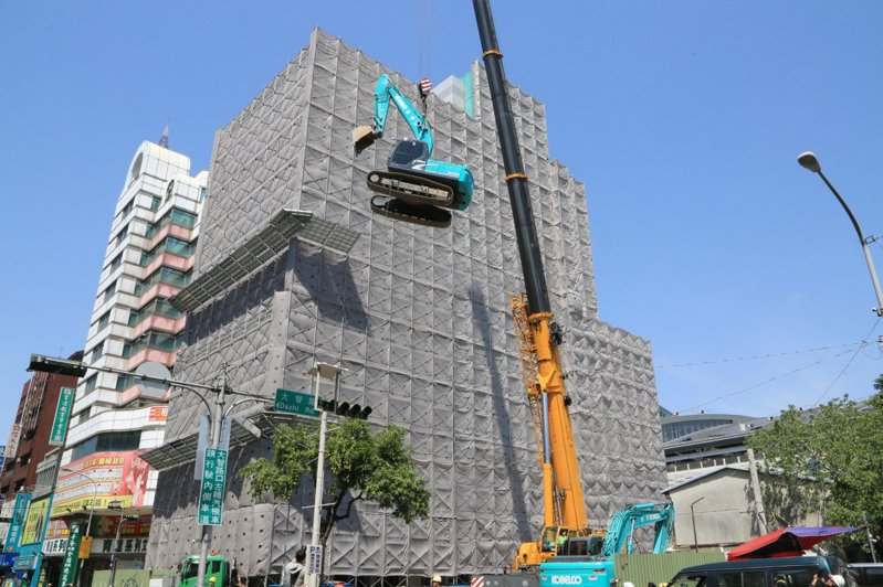 台中市政府建設局拆今起拆大智慧大樓。圖/建設局提供