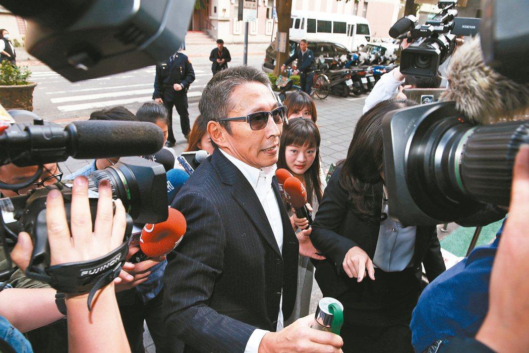 導演鈕承澤性侵案一審被判刑4年,圖為他去年3月出庭照片。 圖/聯合報系資料照片