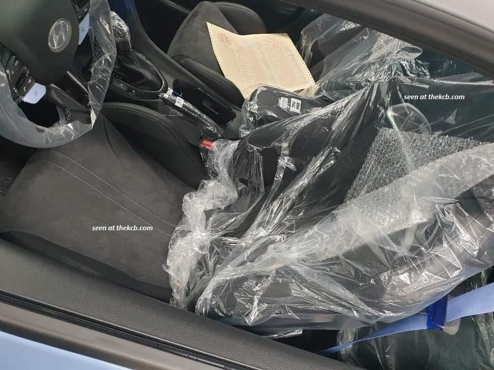 排檔桿透露了新年式Hyundai Veloster N將配置DCT雙離合器變速箱...