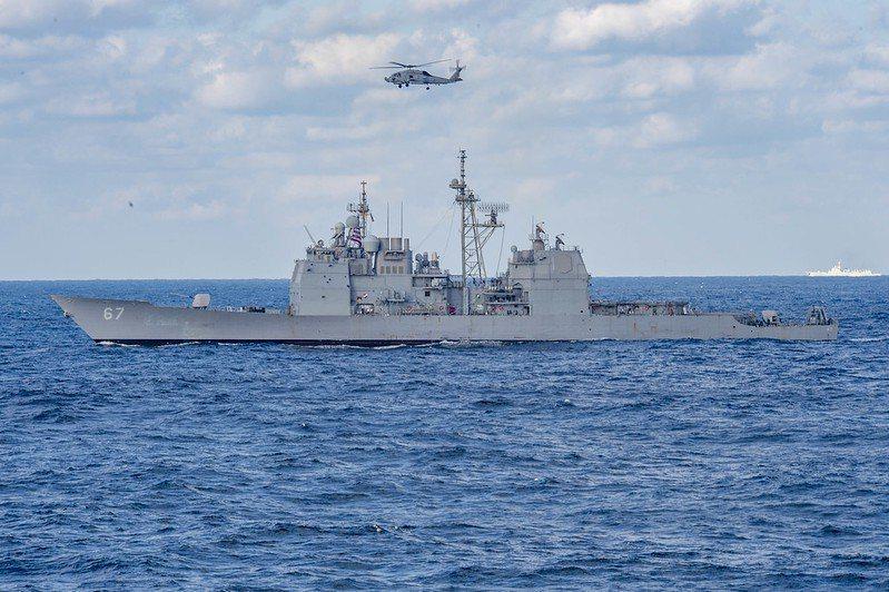 美軍「貝瑞號」(USS Barry DDG-52)伯克級神盾驅逐艦。 圖/美國海軍