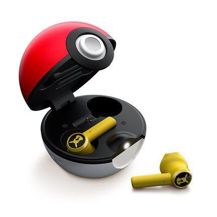 耳機採用鮮黃色外殼,觸控區還有皮卡丘剪影圖樣。圖/摘自雷蛇官方旗艦店