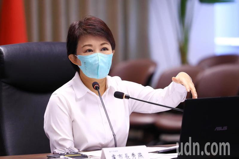 台中市長盧秀燕表示,各行各業都辛苦了!記者陳秋雲/攝影