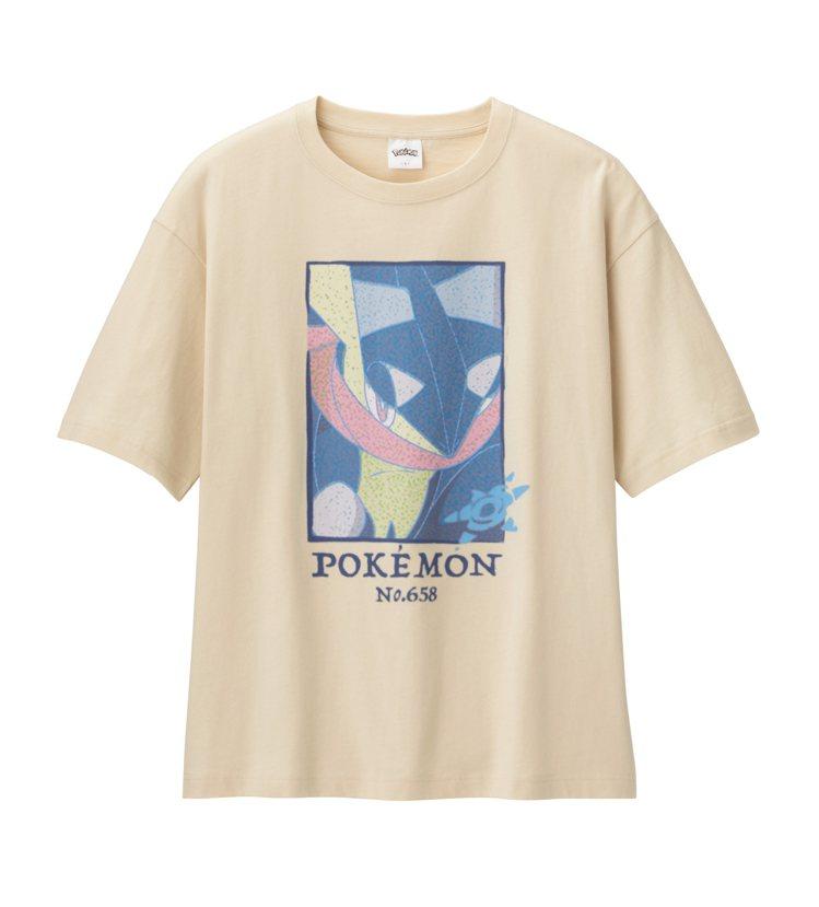 GU與寶可夢聯名系列重磅寬版T恤590元。圖/GU提供