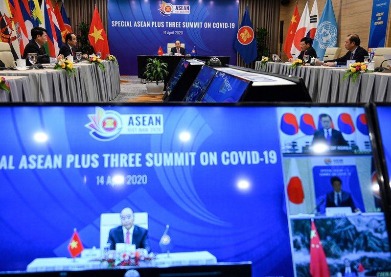東協加3成員國14日舉行視訊高峰會議,討論應對新冠疫情。 歐新社