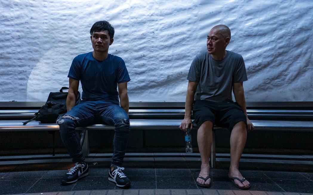 蔡明亮(右)執導電影「日子」竟遭盜版,現今已經開始走法律程序。圖/汯呄霖電影提供