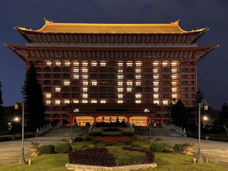 零確診!圓山飯店亮燈了。圖/台北圓山飯店提供
