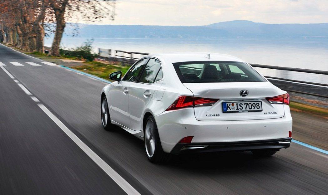 Lexus IS可能與新Mazda 6共用平台? 摘自Lexus