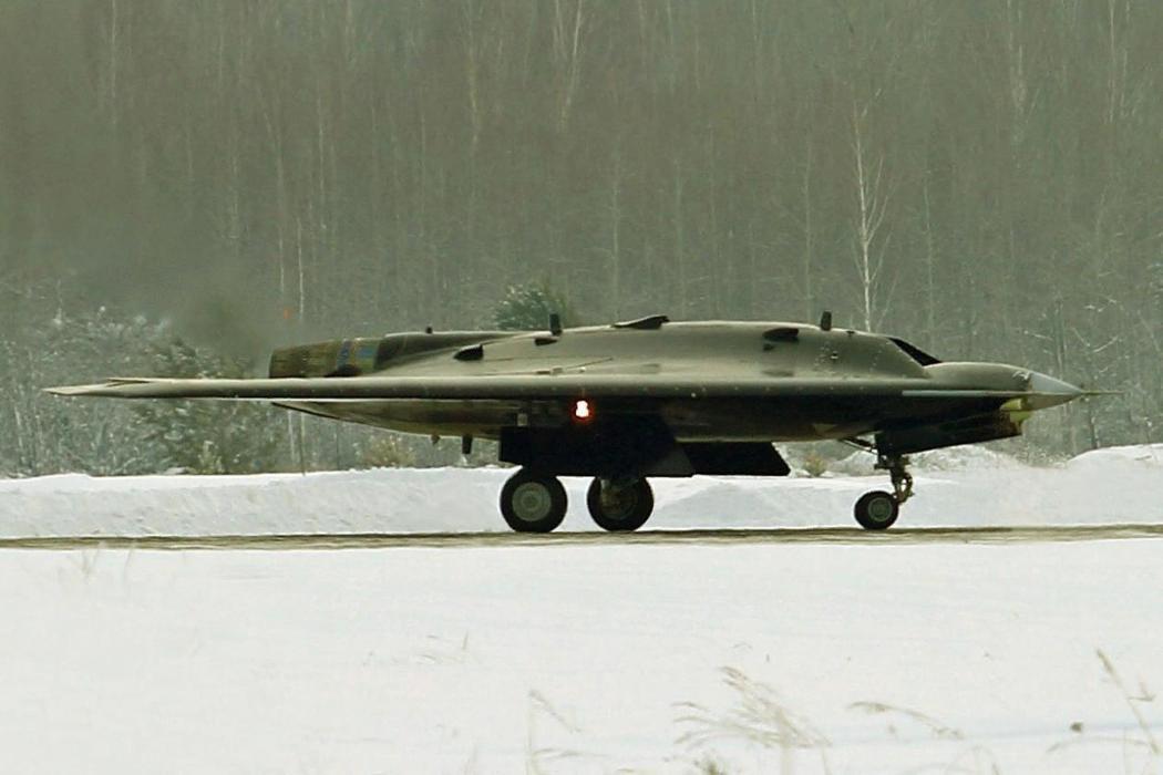 俄羅斯「Hunter-B」無人機。 圖/取自《國家利益》雜誌