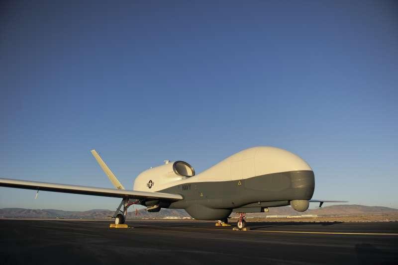 美軍的無人偵察機「全球之鷹」(RQ-4 Global Hawk)。 圖/取自美國海軍網站