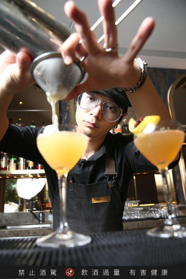 CROM Taipei調酒師Ken。記者蘇健忠/攝影