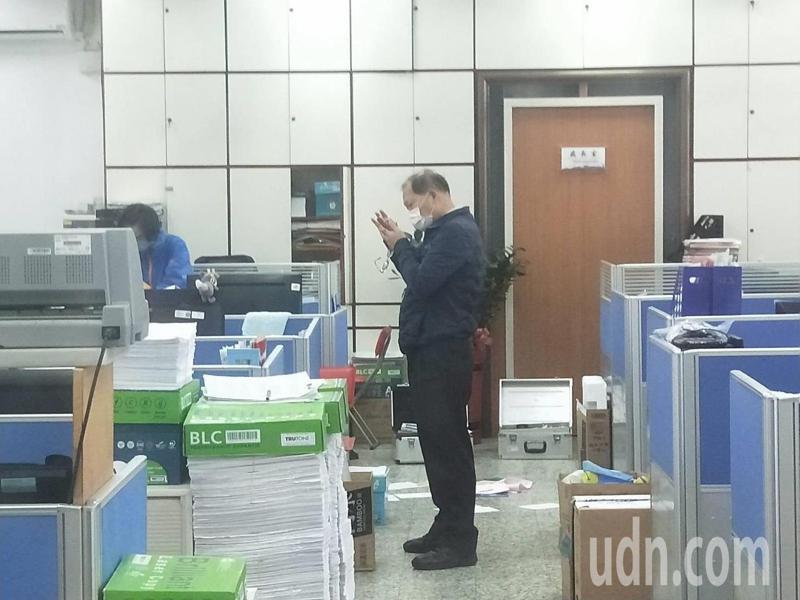基隆市政府24小時警衛驚傳遭竊,社會處被翻箱倒櫃。記者游明煌/攝影
