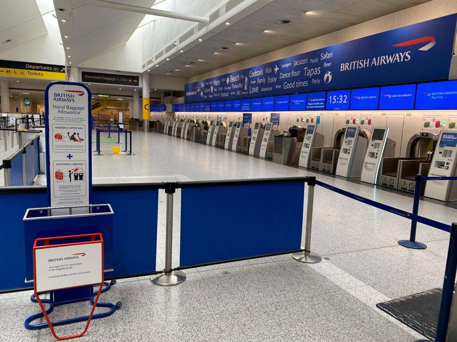 英國倫敦希斯洛機場英國航空櫃台。路透