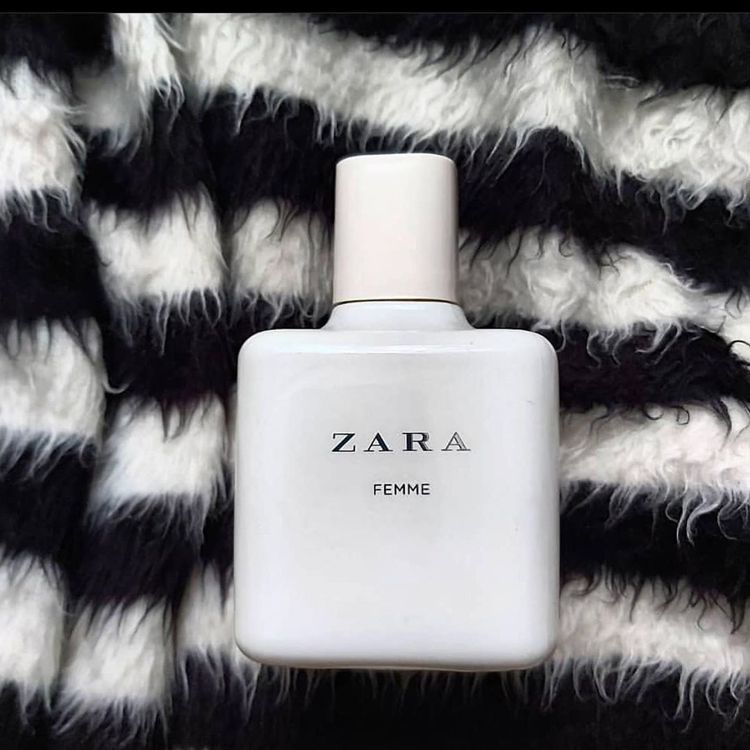 ZARA FEMME香水有著淡淡奶香味,而爆紅。圖/摘自IG
