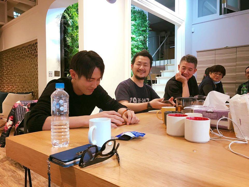 柯震東與林依晨主演的電影「打噴嚏」版權已被柯震東父子成立的電影公司,以及九把刀買