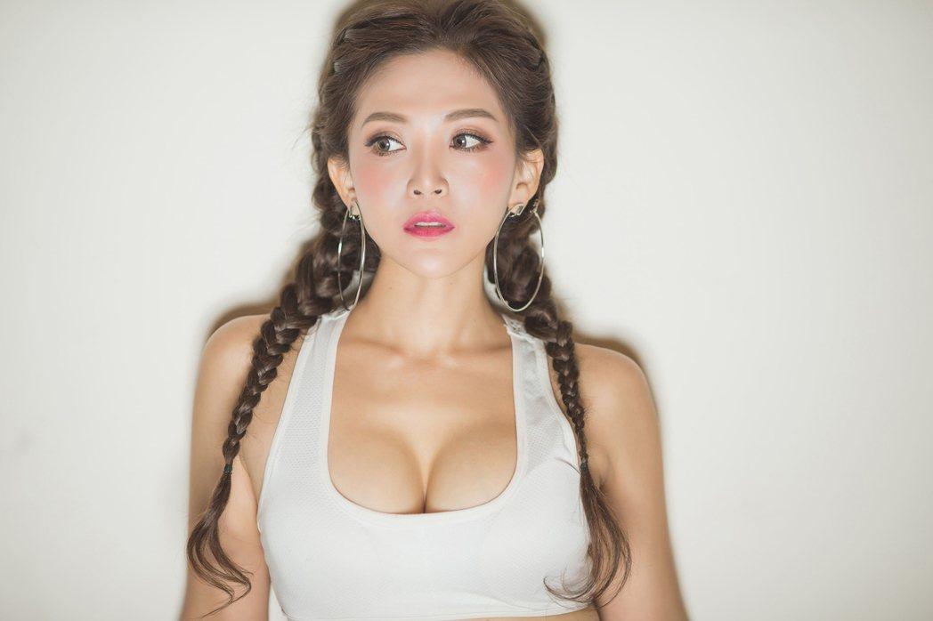 DJ圓圓嘗試填詞,推出新歌「Amor」。圖/圓圓提供