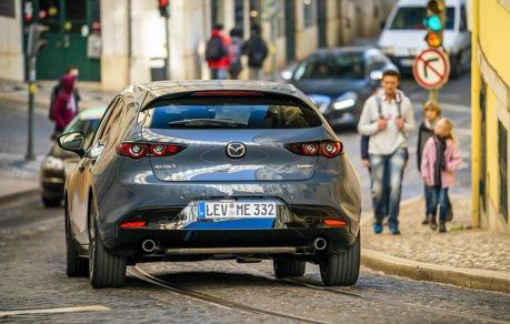 美國Mazda揪感心 醫護人員回廠換油保養跟車輛清潔通通免費!