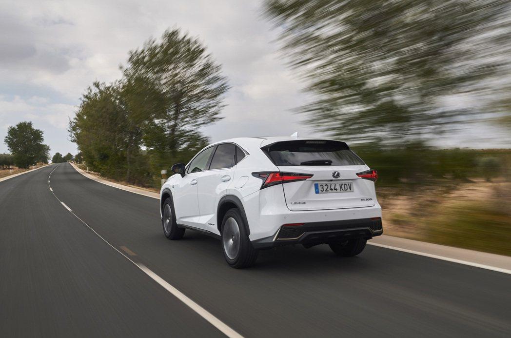 因為新車名NX450h+的出現,讓Lexus首款插電車型似乎呼之欲出。 摘自Le...