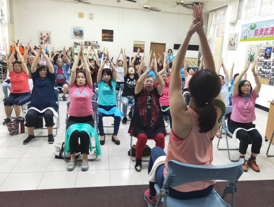 全人照顧關懷協會在鳳山區武漢里活動中心設立「失智友善館」,除定期舉辦講座提升民眾...