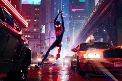 源自漫威漫畫的超級英雄「蜘蛛人」,從電視卡通到真人電視影集、3種不同版本的電影以及動畫長片等等,有過多種呈現,但觀眾最愛的是哪一個版本?近來成為全球網友熱烈討論的話題。隨著陶比麥奎爾版「蜘蛛人」片集...