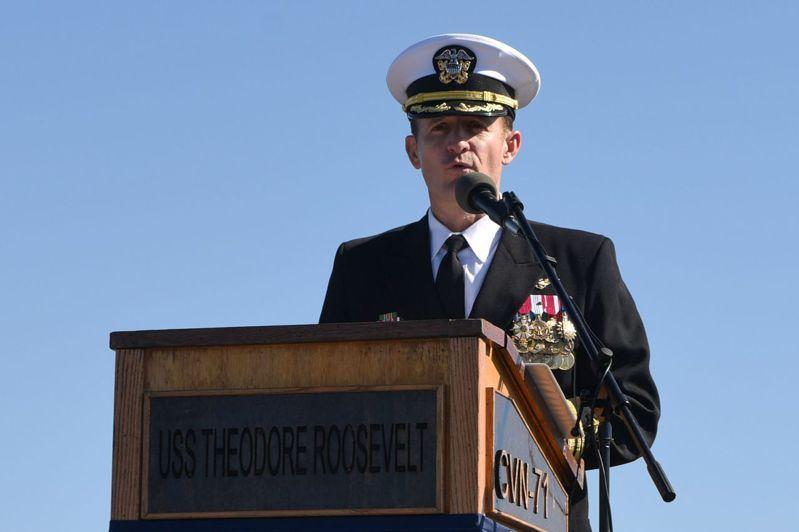 美國航母羅斯福號前艦長克羅齊爾。法新社