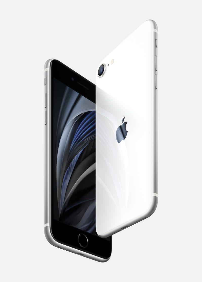 蘋果15日發表新款iPhone SE。  美聯社