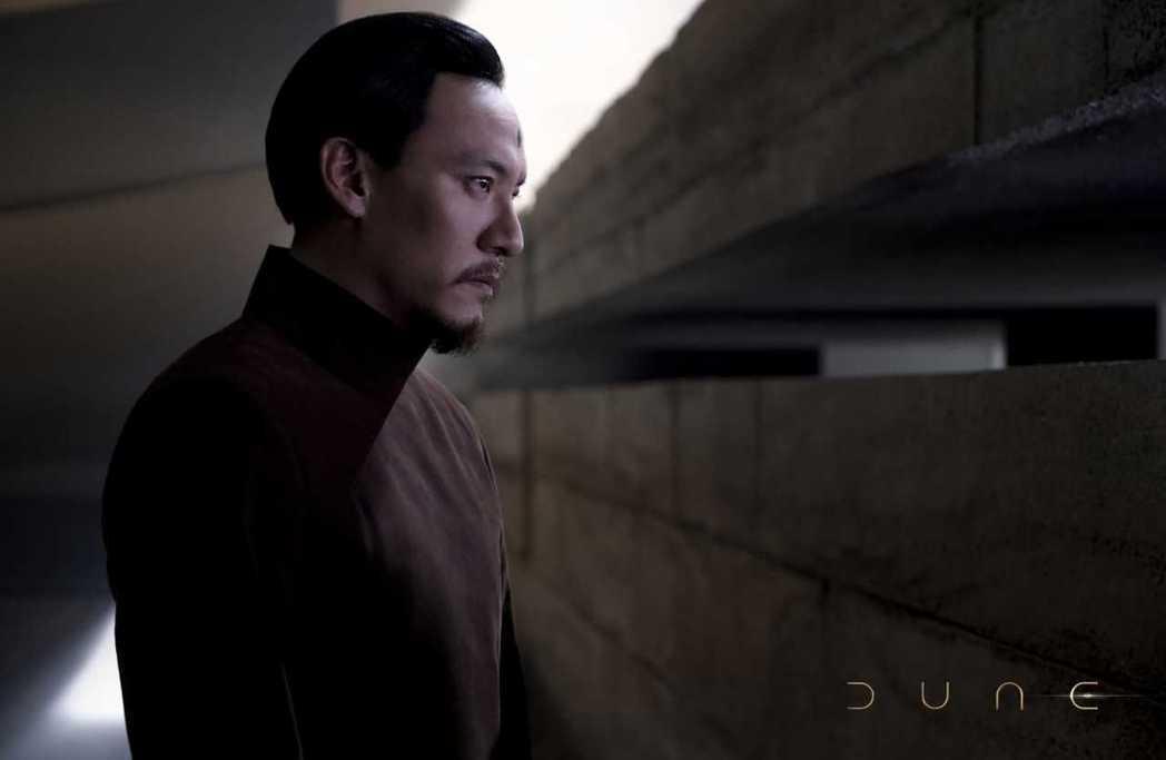 張震好萊塢科幻大片「沙丘」劇照曝光。圖/澤東電影提供