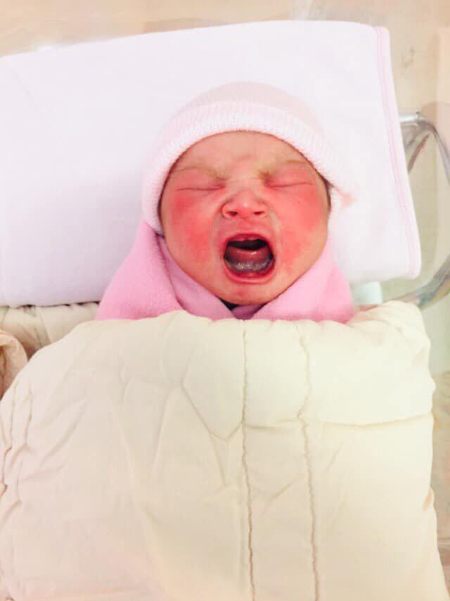 段鈞豪女兒出生了。圖/摘自臉書