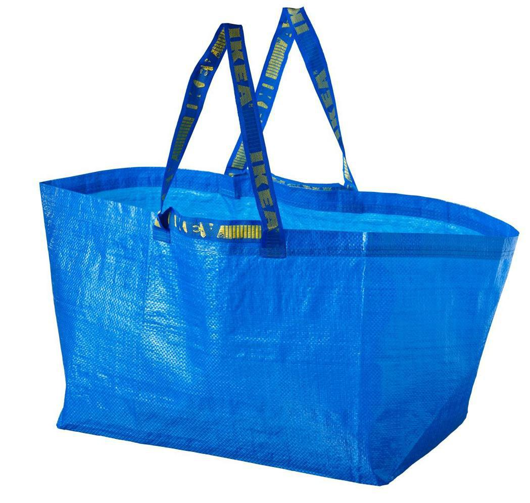 FRAKTA環保購物袋29元,是IKEA明星十大商品之一。圖/IKEA提供