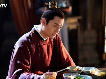 王凱在「清平樂」中的伙食道具都不馬虎。圖/WeTV提供