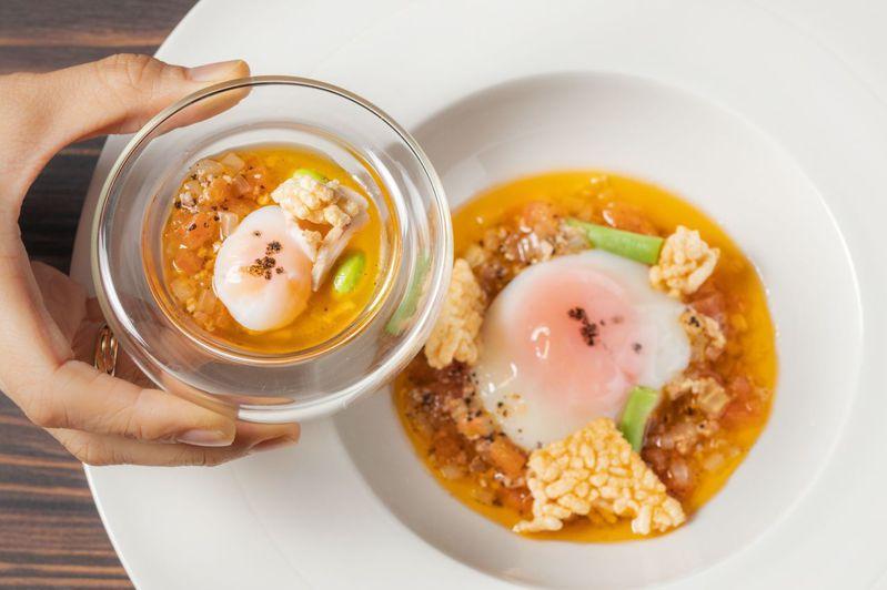 米其林二星主廚林正植客座時所推出「半熟放牧蛋」,藉由食材與技巧的變化,轉成為精緻開胃小點。圖/晶華酒店提供