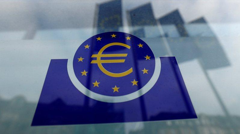 國際貨幣基金(IMF)預估,疫情正使得歐元區政府債務占國內生產毛額(GDP)的比率接近100%。路透