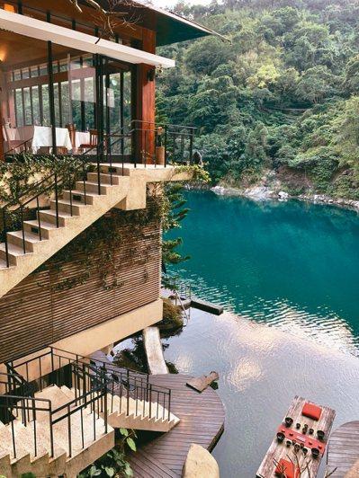 馥蘭朵-烏來臨南勢溪畔,是台灣首屈一指的文創藝術酒店。 圖/陳志光、游慧君
