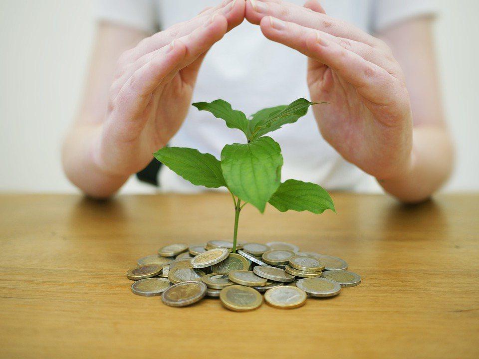 從抓出現金流找到備援金,保險業出身的廖一聰做財務安排,一定不會漏掉風險的思考,因...