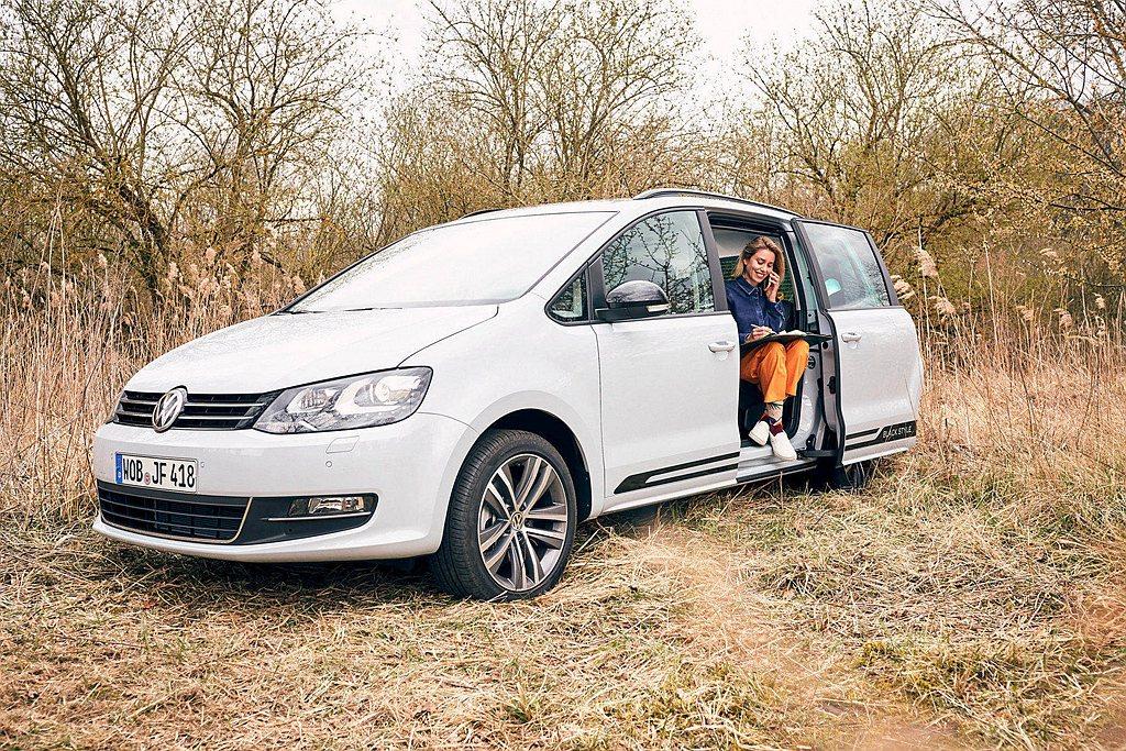福斯Sharan上市25年來,以各項MPV車型優勢如偌大空間、百變機能性、左右雙...