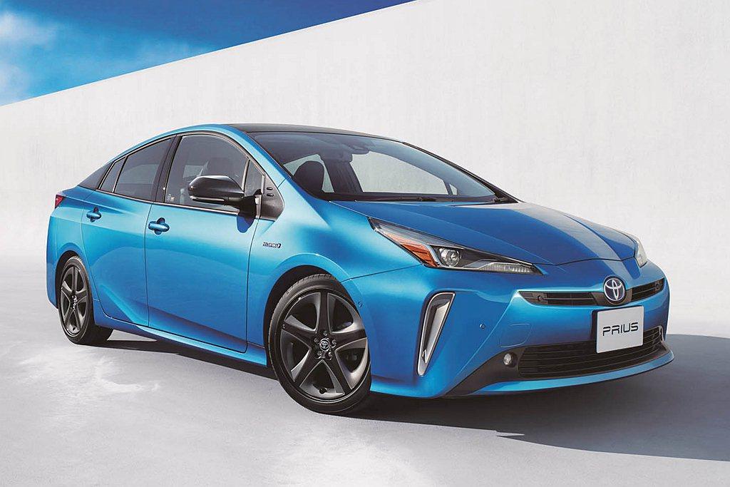 Toyota Prius以平均39.0km/L測試油耗成績排名第一。 圖/Toy...